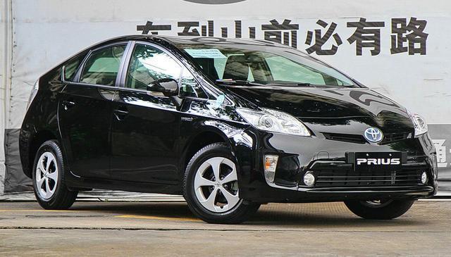 丰田也无奈,这车油耗仅4.3L,唯独国内卖不动,只能停产退出